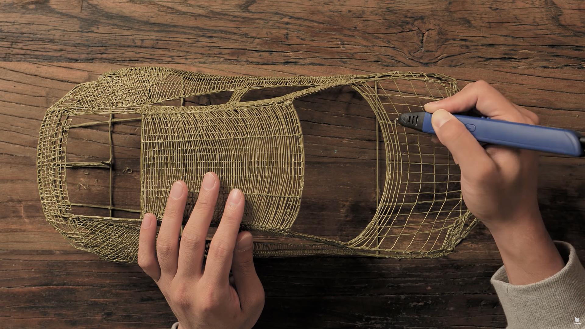 The experienced YouTuber 'draws' a Porsche RC car to life with a 3D pen