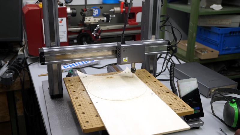 3D printer? Laser cutter? CNC? Yes, please
